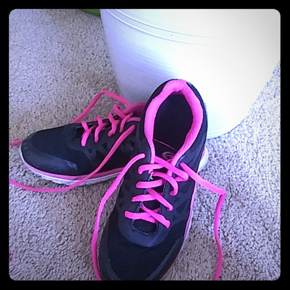 walmart Shoes   I Am Selling These Nice